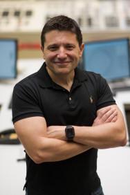 Alfredo García, @OperadorNuclear